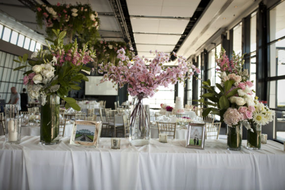 Modern wedding styling by One Day Your Way at Luminare (1)