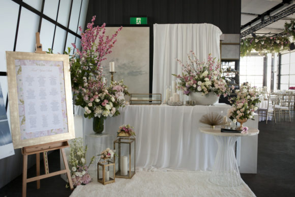 Modern wedding styling by One Day Your Way at Luminare (18)