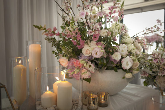 Modern wedding styling by One Day Your Way at Luminare (27)