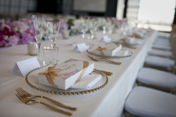 Modern wedding styling by One Day Your Way at Luminare (5)