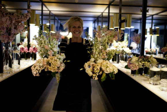 Modern wedding styling by One Day Your Way at Luminare (8)